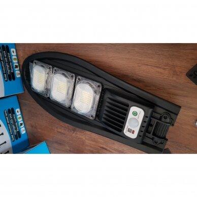 Led lauko šviestuvas / žibintas su saulės baterija ir valdymo pulteliu 3